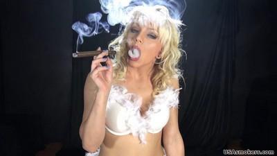 jenna cigar1`j